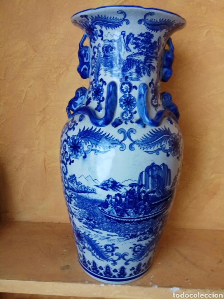 JARRÓN ANTIGUO PORCELANA AZUL 62 CM (Antigüedades - Porcelanas y Cerámicas - China)
