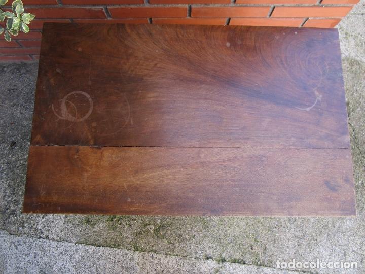 Antigüedades: Mesita, Xifonier - Pequeña Cómoda - Madera de Nogal - Ancho 63 cm - Foto 8 - 176841902
