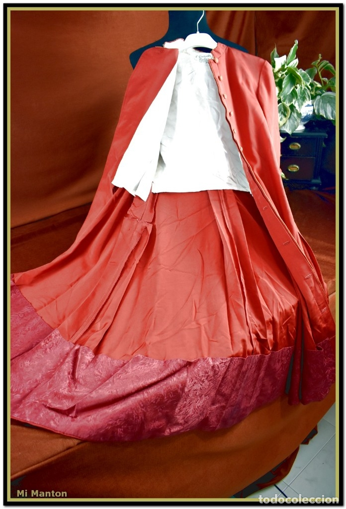 Antigüedades: Sotana de monaguillo seda salvaje antigua podria ser infantico del pilar - Foto 8 - 176870714