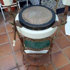 Antigüedades: SILLÓN DE BARBERO. Lote 176889885