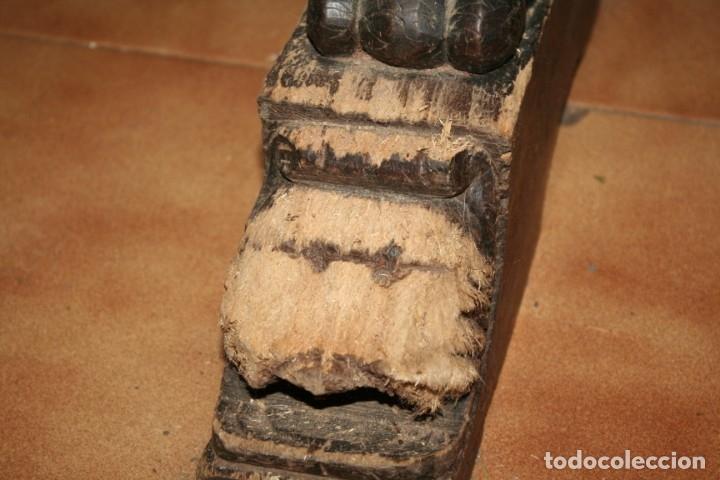 Antigüedades: antigua arca estilo frances con dibujos en relieve - Foto 11 - 31271150