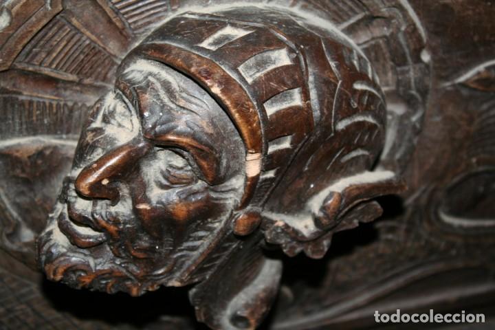 Antigüedades: antigua arca estilo frances con dibujos en relieve - Foto 13 - 31271150