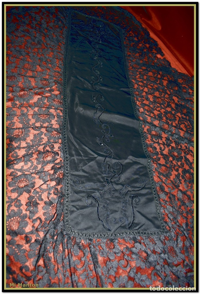 Antigüedades: Antigua mantilla de terno o goyesca con pedreria mantilla ofrenda - Foto 2 - 176918408