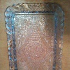 Antigüedades: ANTIGUA BANDEJA DE CRISTAL TALLADO. Lote 176934582