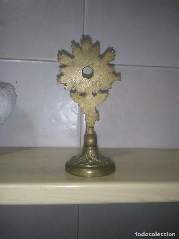 Antigüedades: Pequeña custodia en bronce - Foto 2 - 176948467