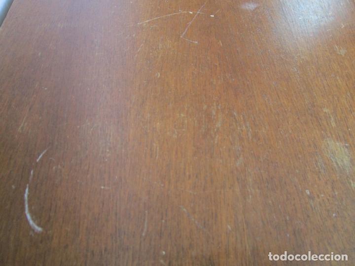 Antigüedades: Cómoda Bombeada - Madera de Nogal - Fina Talla de Madera - 8 Cajones - Foto 16 - 176971729