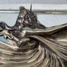 Antigüedades: CONCHA MODERNISTA. PLATA DE MENESES. Lote 176976662