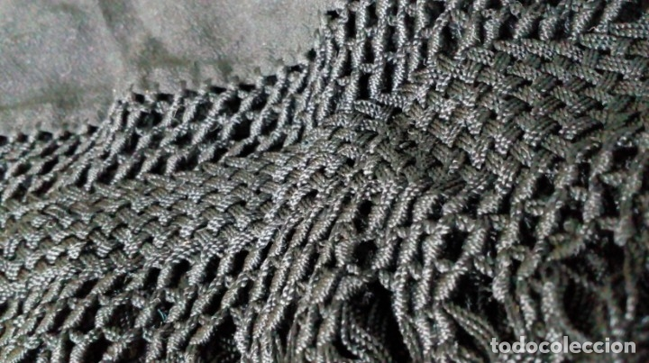 Antigüedades: Antiguo mantón de crespón negro - Foto 18 - 176985819