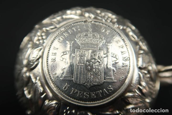 Antigüedades: Antigua bandeja o cenicero con moneda de 5 pesetas Plata Española Contraste Estrella - Foto 7 - 176999539