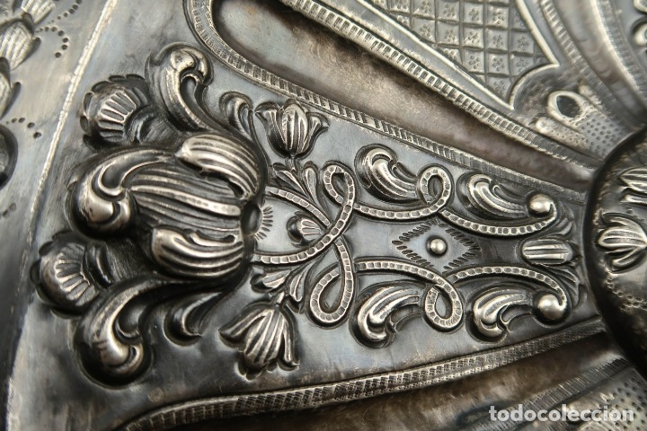 Antigüedades: Extraordinaria Bandeja Cordobesa de Plata Siglo XVIII Con bonita patina del tiempo Contraste CRUZ - Foto 5 - 177002745