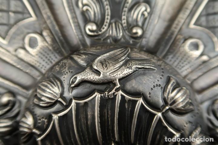 Antigüedades: Extraordinaria Bandeja Cordobesa de Plata Siglo XVIII Con bonita patina del tiempo Contraste CRUZ - Foto 11 - 177002745
