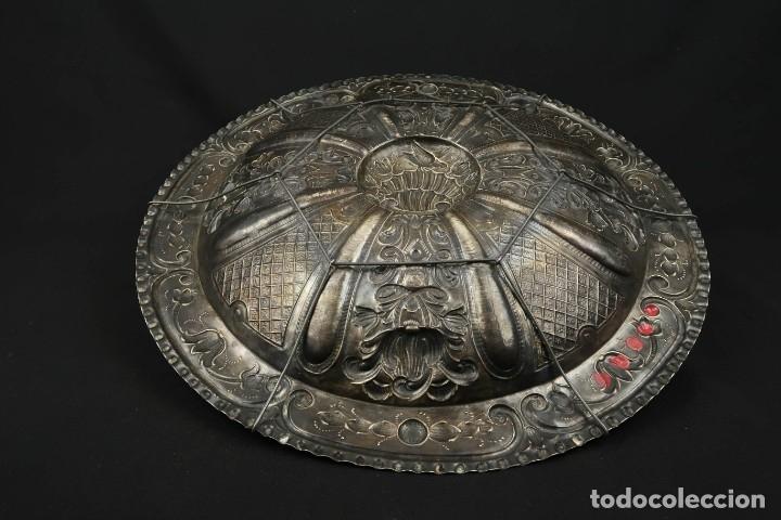Antigüedades: Extraordinaria Bandeja Cordobesa de Plata Siglo XVIII Con bonita patina del tiempo Contraste CRUZ - Foto 17 - 177002745