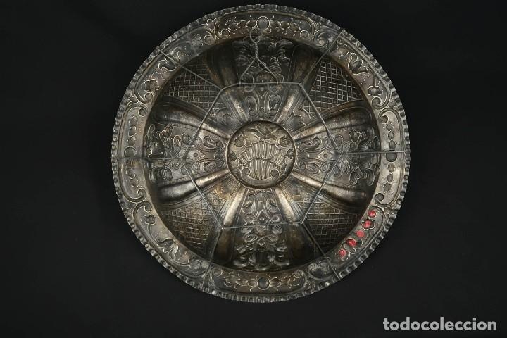 Antigüedades: Extraordinaria Bandeja Cordobesa de Plata Siglo XVIII Con bonita patina del tiempo Contraste CRUZ - Foto 24 - 177002745
