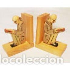 Antigüedades: AGUANTA LIBROS DE MADERA ALEMANIA AÑOS 1950/60. Lote 177012825