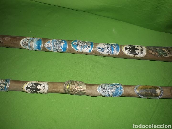 Antigüedades: Pareja de bastones cacha caminantes montaña con insignias de ciudades alemanas y ribereñas - Foto 3 - 177040690