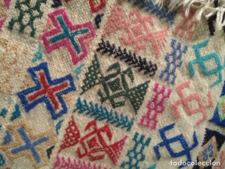 Antigüedades: GRAN ANTIGUO Kilim TAPIZ O ALFOMBRA LANA HECHO A MANO 150 X 108 DIBUJOS TIPO AZTECA CAMELLO O LLAMA - Foto 25 - 177055224
