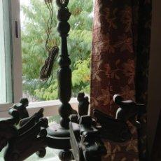 Antigüedades: ANTIGUA LAMPARA DE TECHO DE MADERA. Lote 177070277