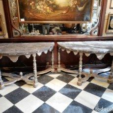 Antigüedades: PAREJA DE GRANDES CONSOLAS ITALIANAS SIGLO XIX. Lote 177072983
