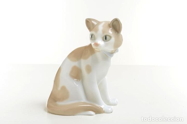 Antigüedades: gato de Nao de Lladró, figura Lladró, Lladró vintage, figura porcelana, porcelana española, gato - Foto 2 - 177136798