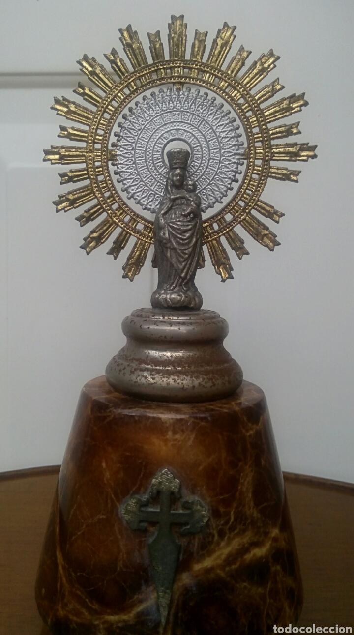 VIRGEN DEL PILAR. FINALES DEL SIGLO XIX. MÁRMOL Y METAL PLATEADO. (Antigüedades - Religiosas - Varios)