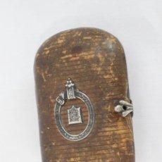 Antigüedades: MONEDERO COMPARTIMENTADO DE CUERO Y PLATA, S XIX. Lote 177158050