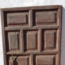 Antigüedades: MAGNÍFICA ANTIGUA PUERTA DE CUARTERONES SIGLO XVIII. Lote 177181068