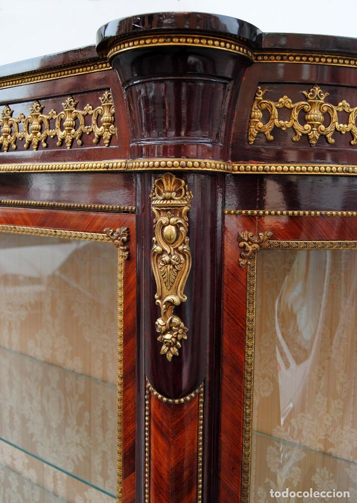Antigüedades: Antigua vitrina imperio - Foto 8 - 177206059