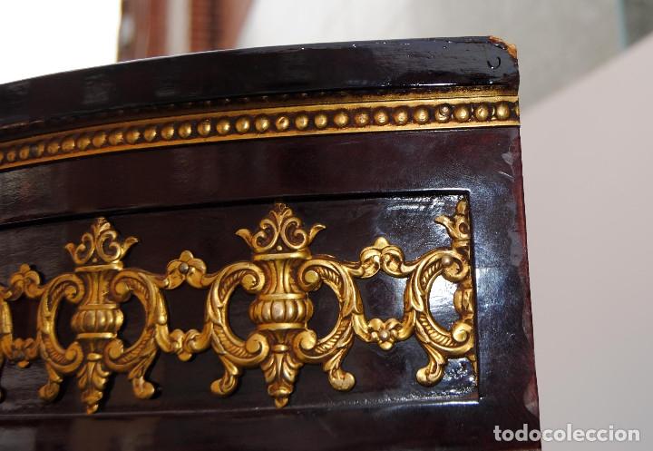Antigüedades: Antigua vitrina imperio - Foto 11 - 177206059
