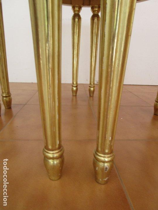 Antigüedades: Mesa de Centro - Madera tallada y Dorada en Pan de Oro - sobre de Mármol - 80 cm Diámetro - Foto 2 - 191060413
