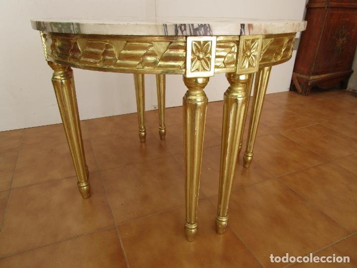 Antigüedades: Mesa de Centro - Madera tallada y Dorada en Pan de Oro - sobre de Mármol - 80 cm Diámetro - Foto 4 - 191060413