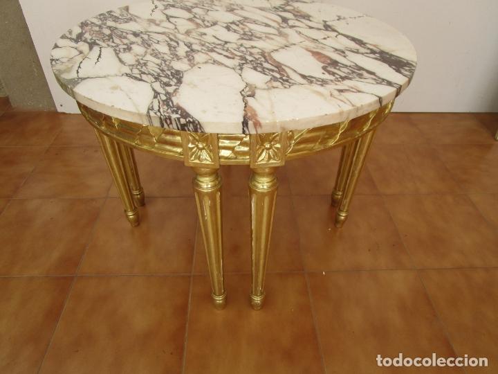 Antigüedades: Mesa de Centro - Madera tallada y Dorada en Pan de Oro - sobre de Mármol - 80 cm Diámetro - Foto 9 - 191060413