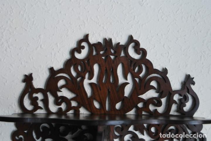 Antigüedades: PRECIOSA MÉNSULA DE MADERA TALLADA - REPISA - BALDA - AÑOS 30-40 - Foto 4 - 177306714
