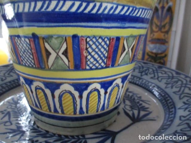 Antigüedades: Jarron ceramica de Triana siglo XIX - Foto 10 - 177328310