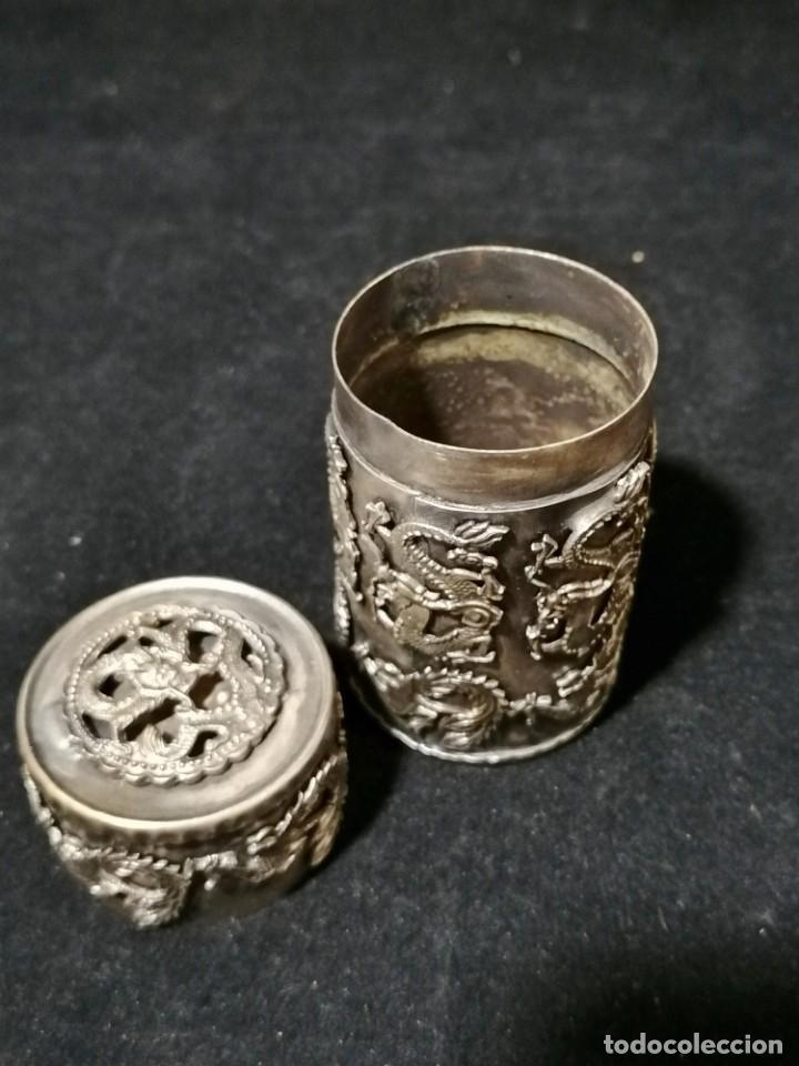 Antigüedades: Antigua caja labrada con magnificos dragones marcaje en la base - Foto 8 - 177336323