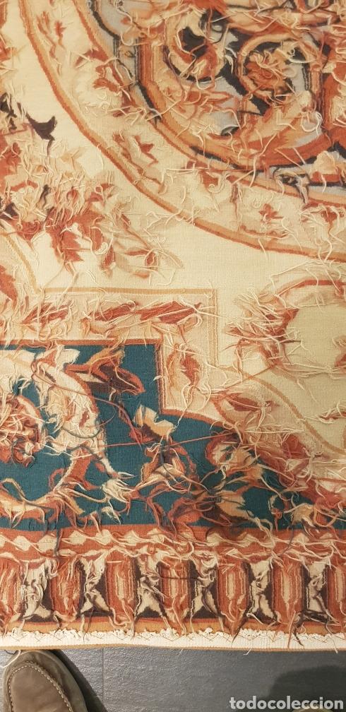 Antigüedades: Alfombra Aubusson tejida manualmente. Siglo XX. Lana 100% - Foto 4 - 27485881