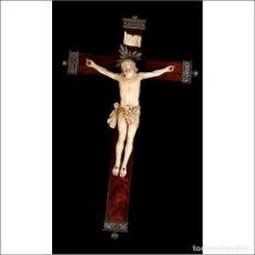 Antigüedades: EXTRAORDINARIO CRISTO DE MARFIL ANTIGUO. CRUZ CON MONTURAS DE PLATA. CITES. ESPAÑA, CIRCA 1900. Lote 177382994