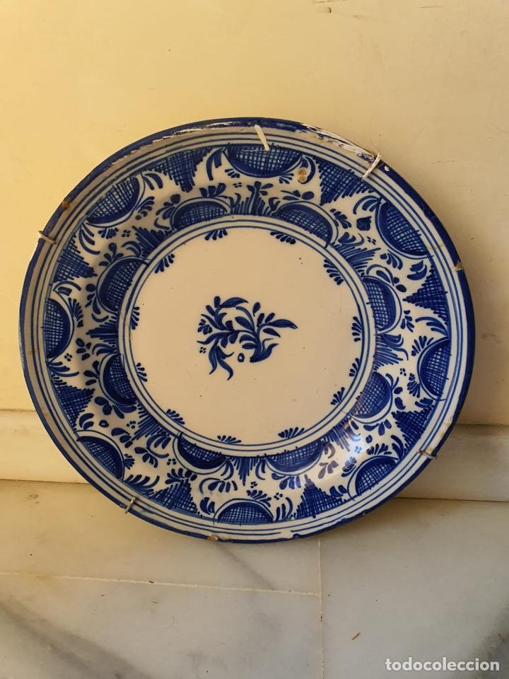 PRECIOSO PLATO TALAVERA? SIGLO XIX (Antigüedades - Porcelanas y Cerámicas - Talavera)