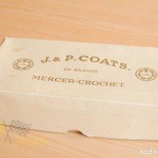 Antigüedades: ANTIGUA CAJA DE 10 OVILLOS - J&P COATS - MERCER-CROCHET - SIN ESTRENAR. Lote 177471345