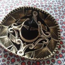 Antigüedades: SOMBRERO DE CHARRO MEXICANO ORIGINAL PIGALLE. Lote 177491068