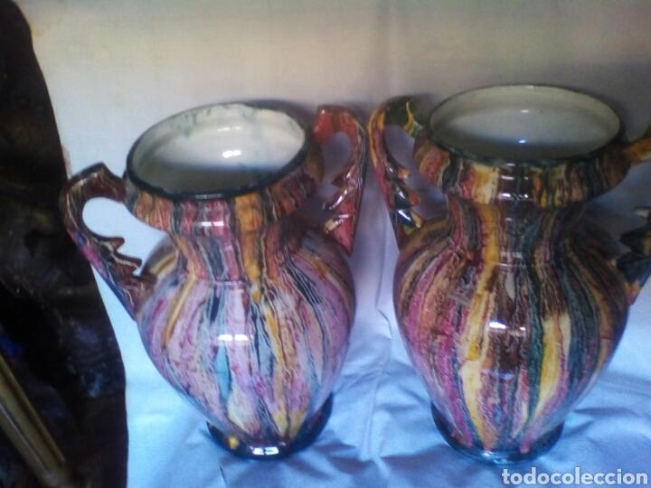 PAREJA DE JARRONES (Antigüedades - Porcelanas y Cerámicas - Otras)
