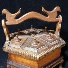 Antigüedades: ANTIGUO ESPIECERO DE 6 COMPARTIMENTOS REALIZADO EN MADERA. Lote 177520079