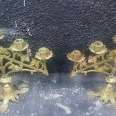 Antigüedades: ANTIGUA PAREJA DE CANDELABROS DE IGLESIA, ALTAR, BRONCE MACIZO. 40X35CM SIGLO XIX. Lote 177522314