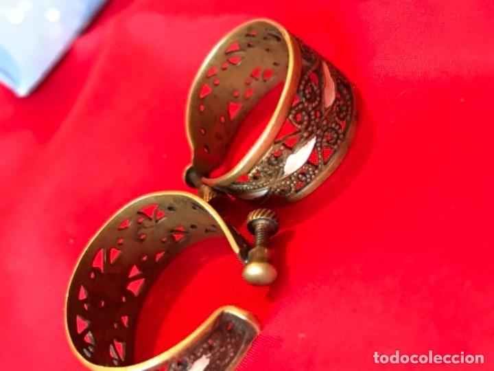 Antigüedades: Antiguos pendientes damasquinados toledo romanos aro tipo anillo bronce ver - Foto 7 - 177546385