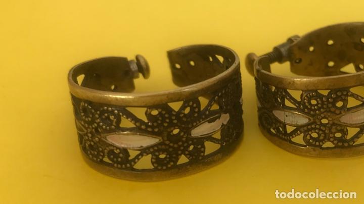 Antigüedades: Antiguos pendientes damasquinados toledo romanos aro tipo anillo bronce ver - Foto 15 - 177546385
