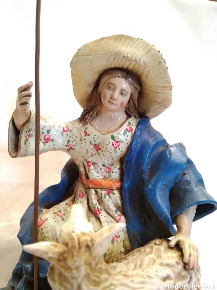 Antigüedades: Pastorcilla de terracota (nuevo) con fanal - Foto 5 - 177564992