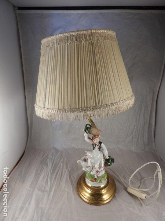 Antigüedades: LAMPARA CON PIE DE FIGURA DE PORCELANA - Foto 8 - 177602920