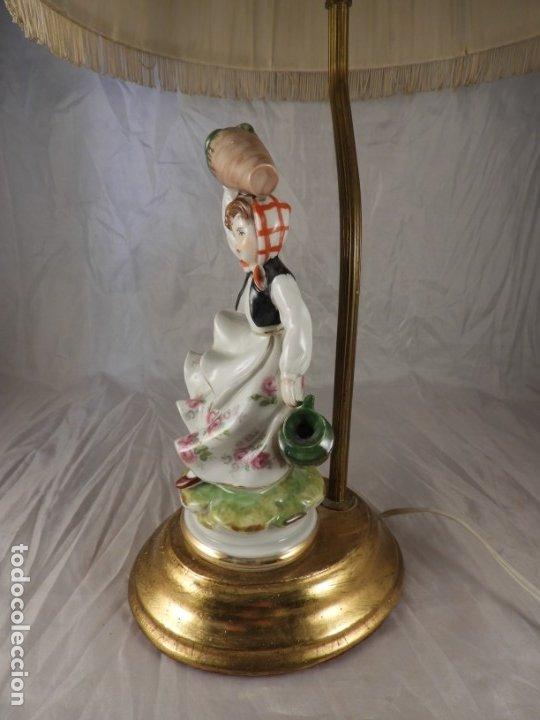 Antigüedades: LAMPARA CON PIE DE FIGURA DE PORCELANA - Foto 3 - 177602920