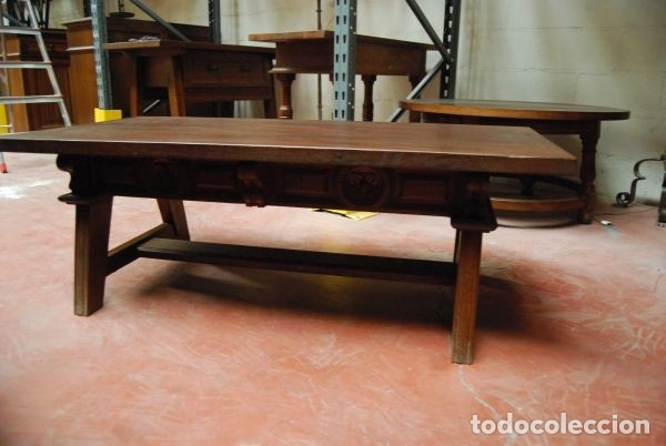 Antigüedades: Mesa baja de madera rectangular con los frentes tallados - Foto 2 - 177608307