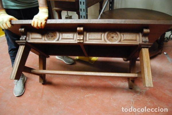 Antigüedades: Mesa baja de madera rectangular con los frentes tallados - Foto 3 - 177608307