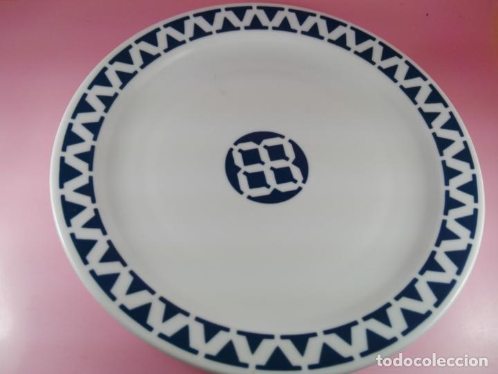 PLATO-SARGADELOS-24 CMS-BUEN ESTADO-COLECCIONISTAS-VER FOTOS (Antigüedades - Porcelanas y Cerámicas - Sargadelos)